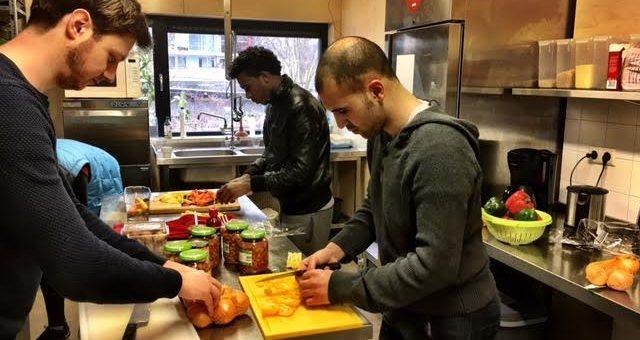 Klussen en koken in Osdorp